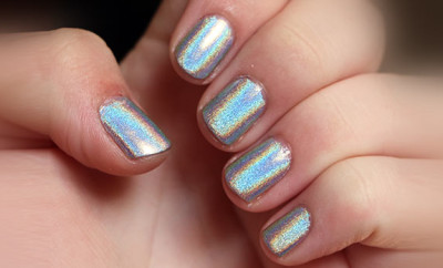 Best brands of Holographic Nail Polish 3D, How to Make, Black, Cheap, What is Hologram Effect Chanel, Gosh, OPI