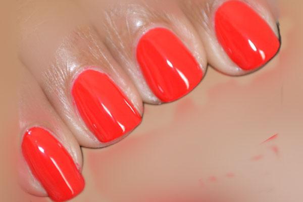 Red Nail Polish – Best Brands, Dark, Bright, Glitter, Blood ...