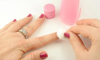 nail polish remover actetone non acetone-ingredients-pads-Diy alternatives best reviews.