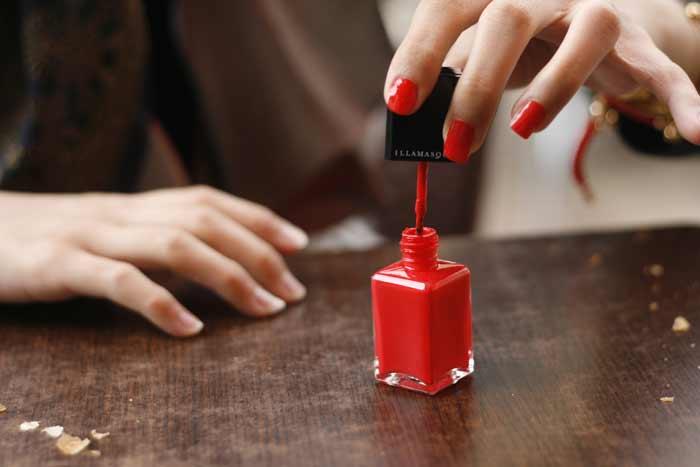 Best Nail Polish Hacks Tips Ideas Tricks Applying Drying